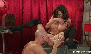 Tasty brunette Veronica Avluv likes to play with a rock hard chopper