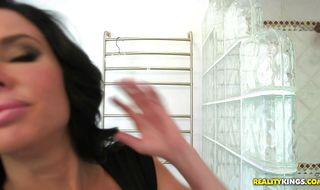 Aroused mature beauty Veronica Avluv sells herself to fucker