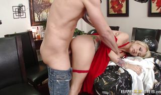 Startling blonde babe Monique Alexander has a juice copher and perfect body
