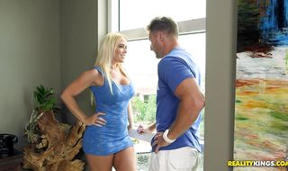 Delicious Savannah Steele just came