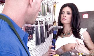 Delectable mature India Summer jumps on man and rides him