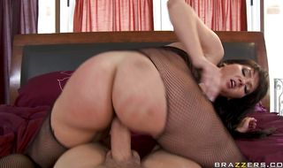 Alluring mature gal Claire Dames expertly swallows a curvy pecker