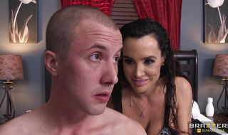 Dissolute brunette babe Lisa Ann is eager to gobble a dangler