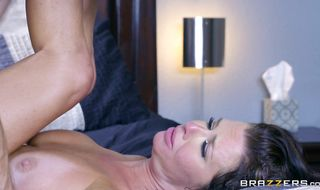 Marvelous busty mature Veronica Avluv gets her box dived and sucks dong