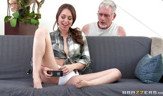 Raucous sex with Riley Reid