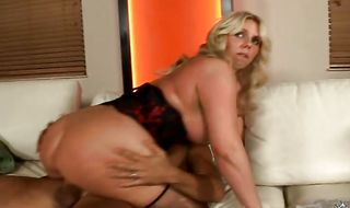 Ambitious mature blonde diva Karen Fisher getting her beaver rubbed