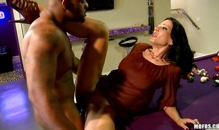 Alluring gal Zoey Holloway drools while trying to swallow a large shlong
