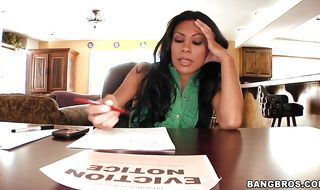 Kinky mature brunette bimbo Cassandra Cruz got probed by dude's big packing monster