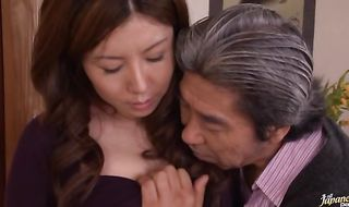 Cunning mature Sakiko Mihara with huge tits receives firm and passionate snatch plowing