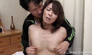 Goluptious mature Hisae Yabe has a fuck that's leaving her shook up