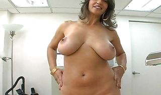 Sultry cougar Persia swallows a big shlong like a pro